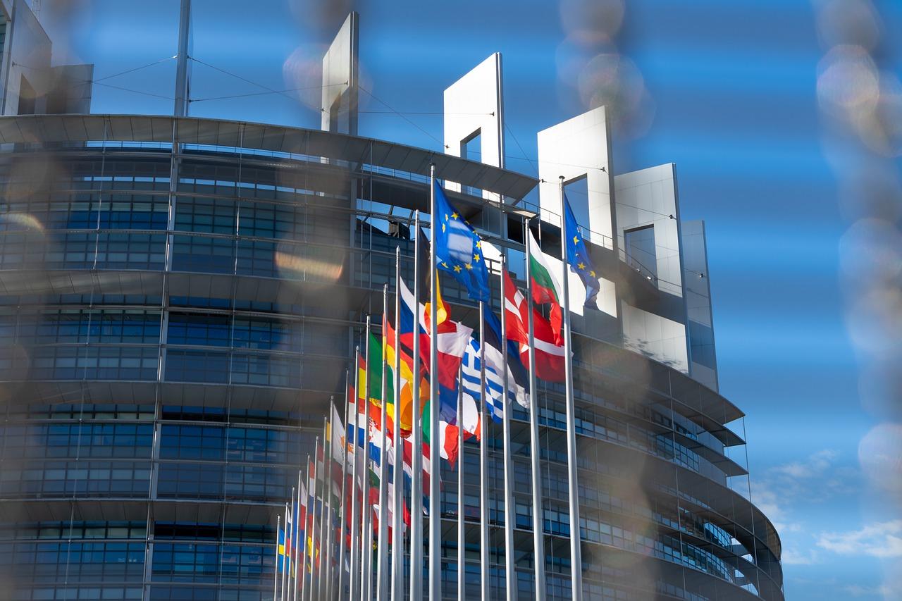 POČELO JE: U Evropskoj uniji se prave registiri onih koji odbiju da prime vakcinu!